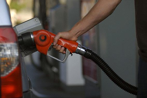 سهمیه بندی بنزین از نگاه کارشناسان