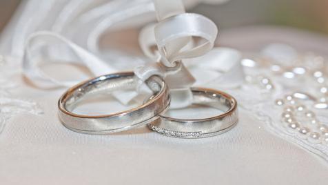 ثبت ۲۰۰ هزار ازدواج در روزهای کرونایی سال ۹۹