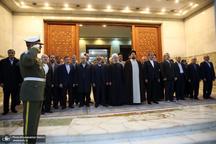 تجدید میثاق رییس جمهور و اعضای هیات دولت با آرمان های امام خمینی(س)