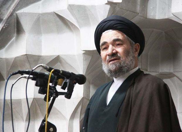 امروز ایران اسلامی در جهان قدرت نمایی می کند
