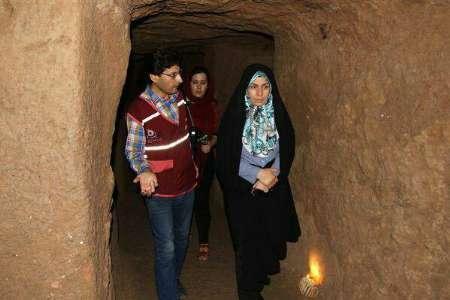 رئیس سازمان میراث فرهنگی از آثار تاریخی نوش آباد بازدید کرد