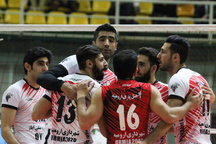 نمایندگان آذربایجان غربی در هفته بیست و سوم لیگ برتر والیبال باشگاه های کشور به مصاف حریفان خود می روند