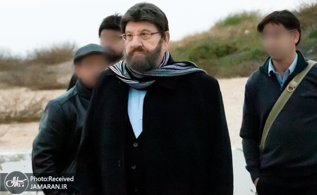 عکس/ رئیس رژیم صهیونیستی با گریم و کلاه گیس!