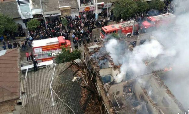 آتش سوزی مرکز تجاری بابل مهار شد