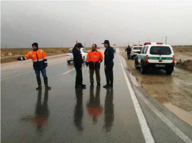 راه سرخه- گرمسار در محور اصلی مشهد- تهران مسدود شد