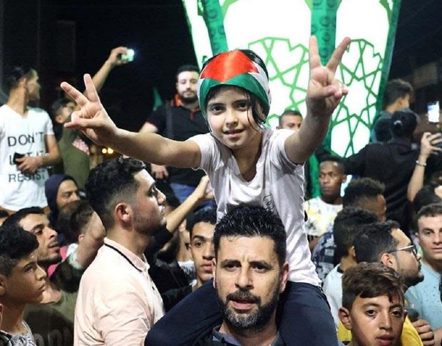 جشن پیروزی مقاومت مردم فلسطین در پی اعلام آتش بس