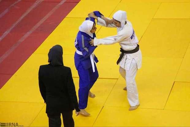 بانوی جودوکار گیلانی عازم مسابقات قهرمانی آسیا شد
