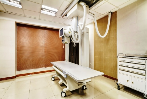 بیمارستان فامنین به  دستگاه رادیولوژی دیجیتال مجهز شد