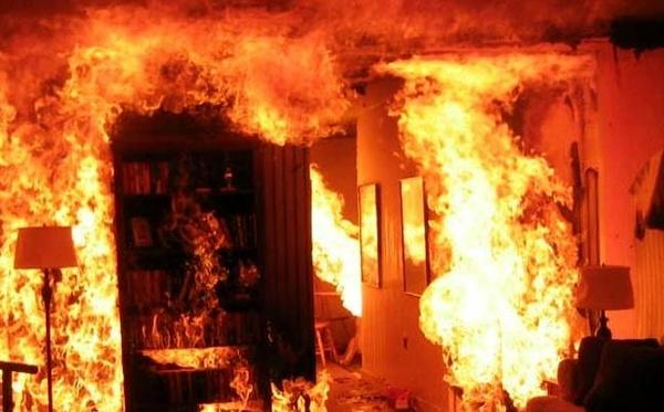 حریق منزل مسکونی در اهواز ۲ مصدوم برجای گذاشت