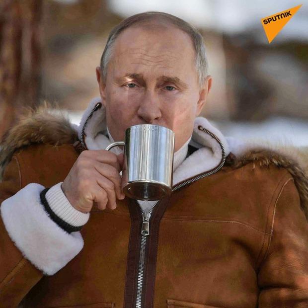 تفریح پوتین در جنگل های سیبری+تصاویر
